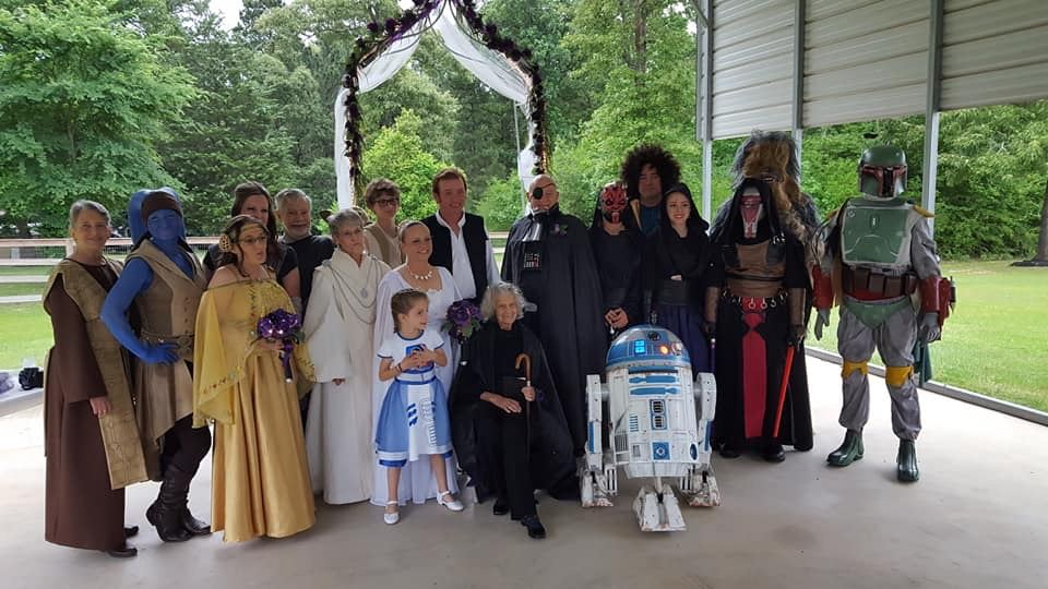 Star Wars wedding family picture